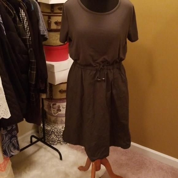 Mossimo Dresses & Skirts - Tie waist dress
